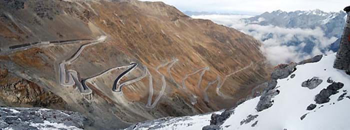 Be blown away by the epic twists and turns of the Stelvio Pass