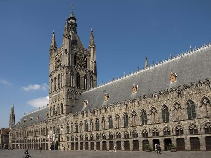 In Flanders Field Museum is an important place to visit, to understand the devastation caused by the war.
