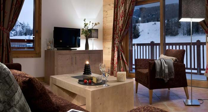 An internal look at the luxury apartments at Les Chalets de Layssia.