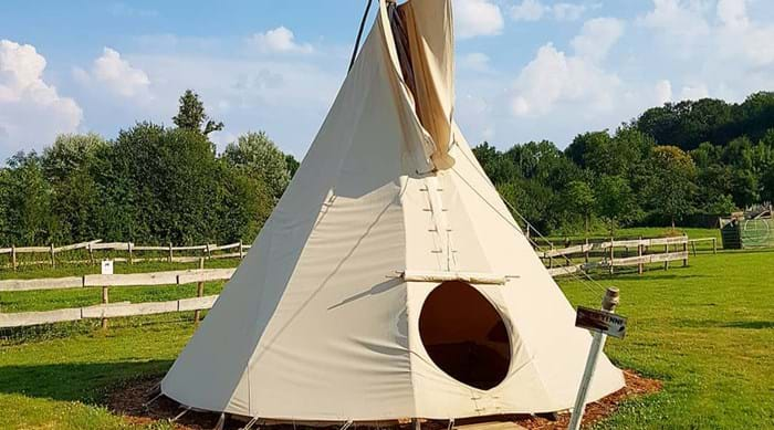 Experience life as a native American, just outside of Paris.