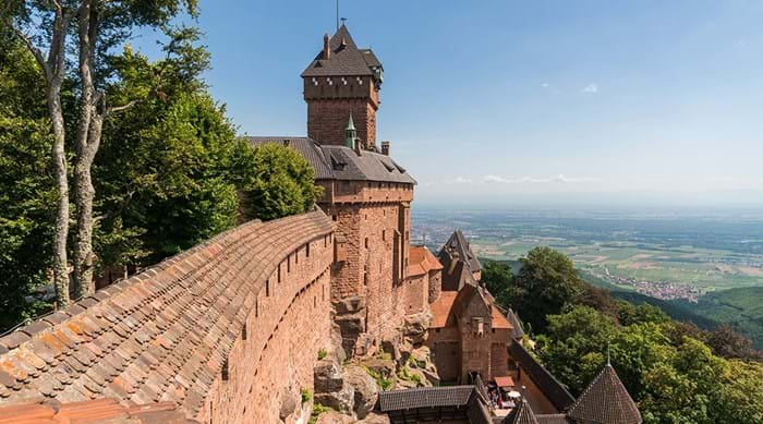 Alsace is home to wonderful countryside and beautiful châteaux, including Château du Haut-Kœnigsbourg