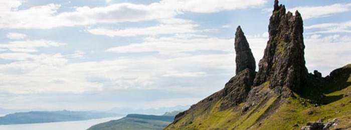Dans la péninsule de Trotternish, se dresse le viel homme du Storr (The Old Man of Storr)