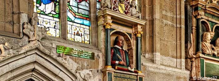 Monument funéraire de William Shakespeare –Holy Trinity Church à Stratford-upon-Avon