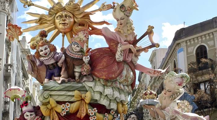 Falla in the Pilar's Square