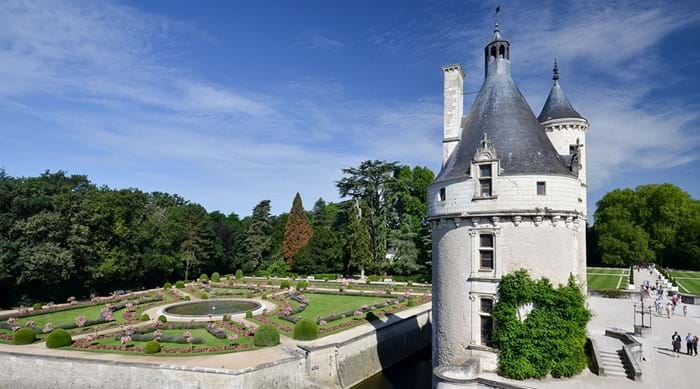Explore the incredible wildlife in the Park surrounding the Château
