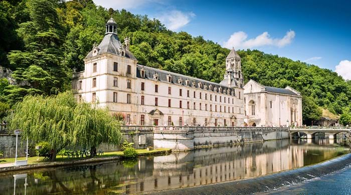 The happily situated Abbey of Brantôme